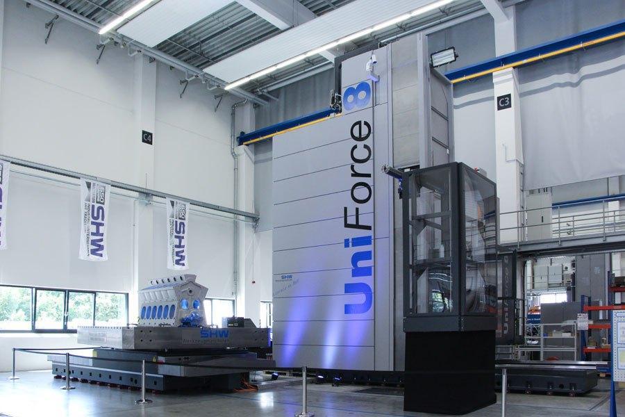SHW Uniforce 7000 travelling column machine